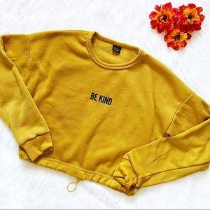 """🔴4/$25 """"be kind"""" cropped fleece sweatshirt"""